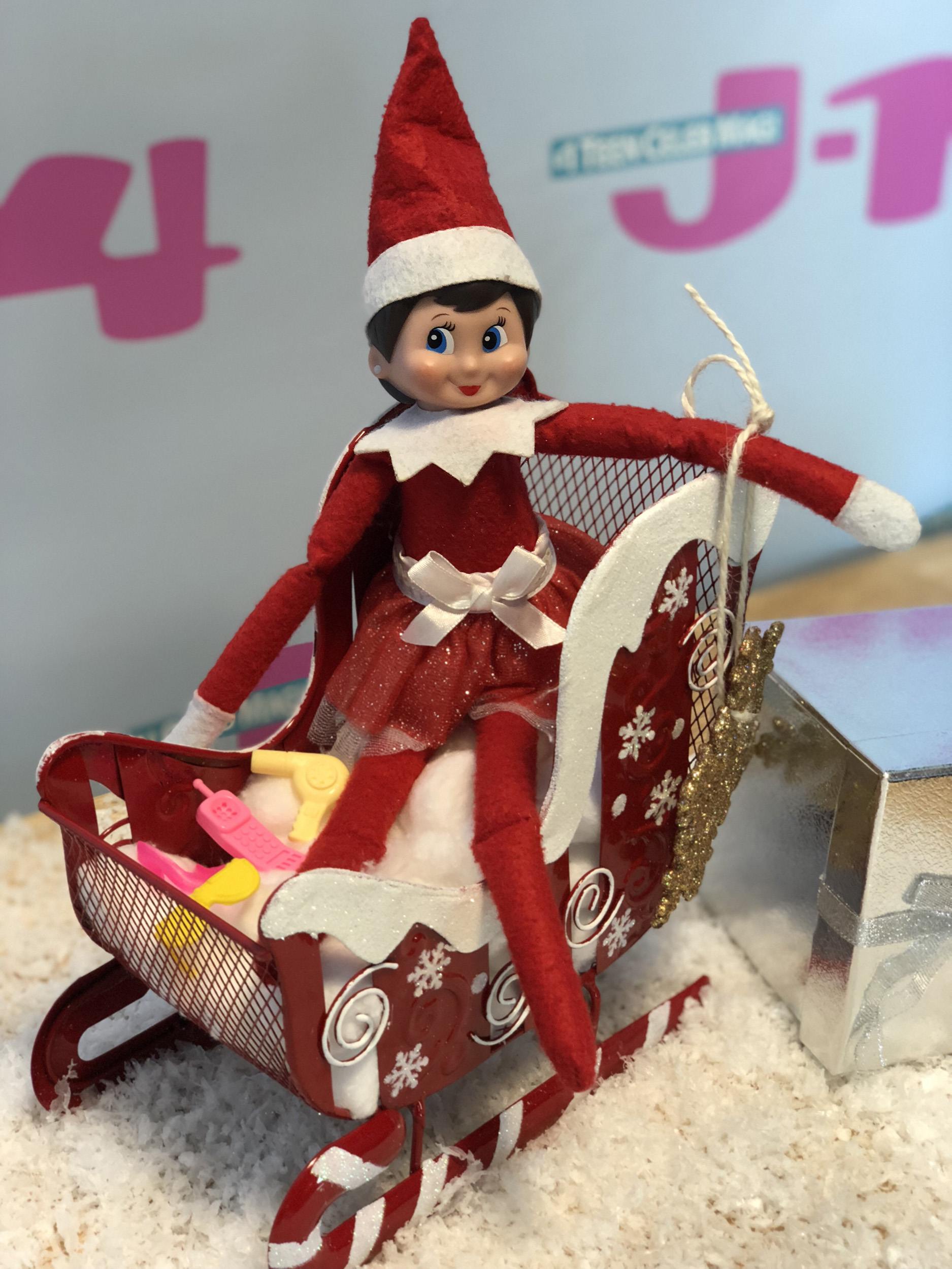 elf-on-the-shelf-idea-sled