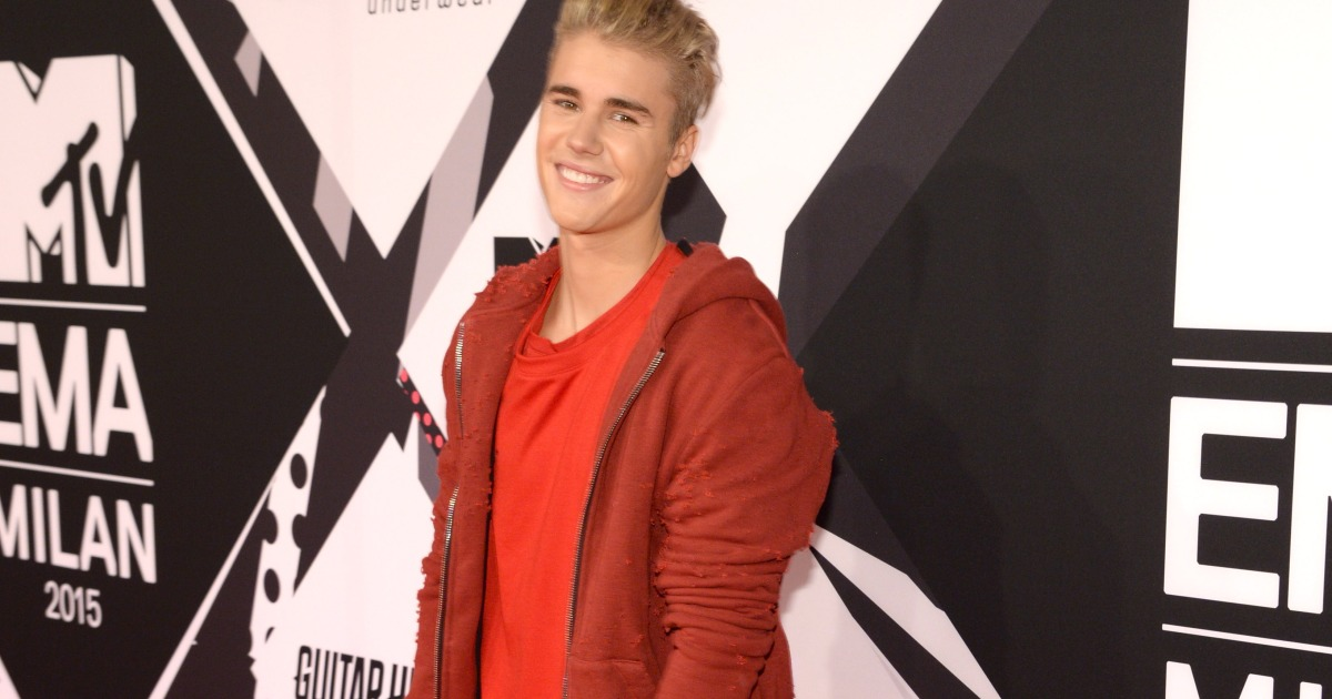 Justin Bieber Someday at Christmas Uses Childhood Singing Voice