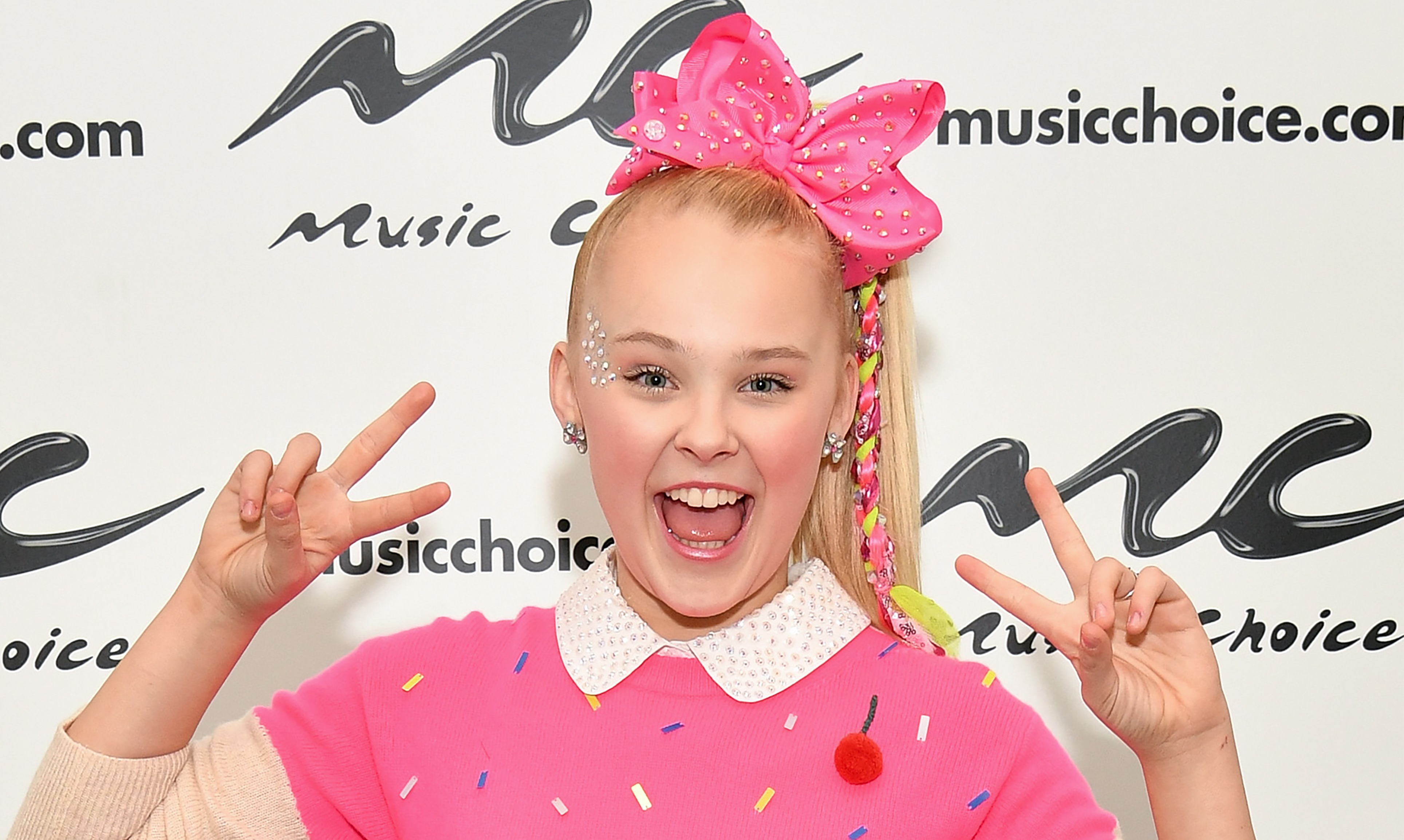 b3bceeeac Is JoJo Siwa Real  Dance Moms Star Confirms Persona Is Not Fake
