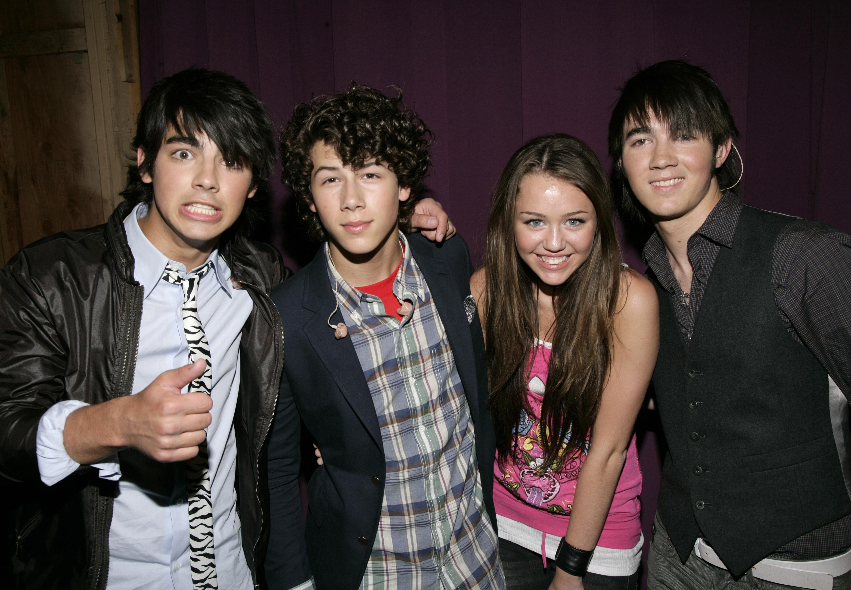 Dating historia av Nick Jonas