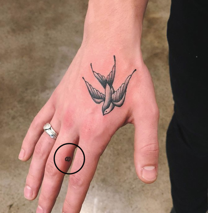 shawn mendes finger tattoo