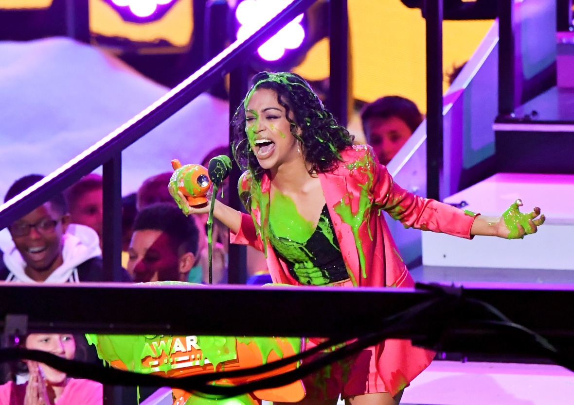 liza koshy slime kids choice awards