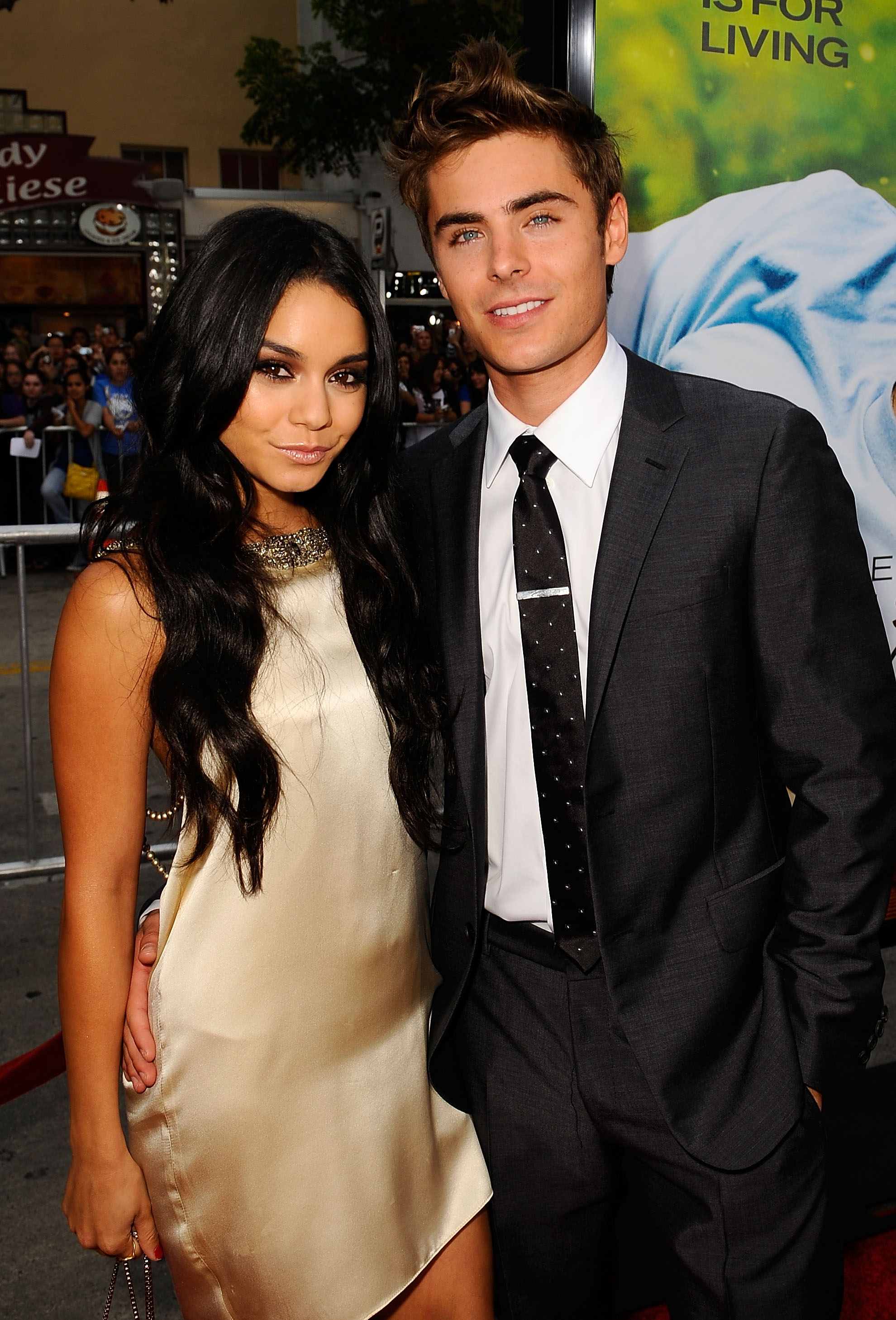 Zac efron and vanessa hudgens still hookup 2018