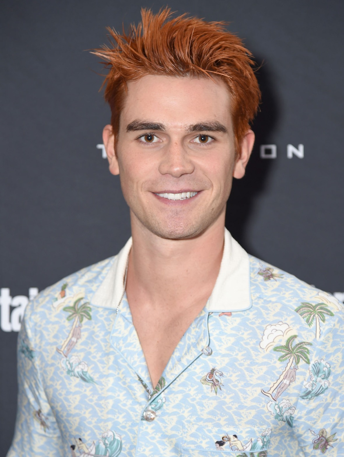 kj apa hair and eyebrows