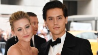 lili-reinhart-dating-cole-sprouse