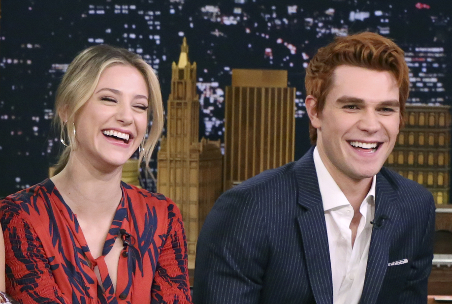 Cole Sprouse just roasted KJ Apa and its amazing | Girlfriend