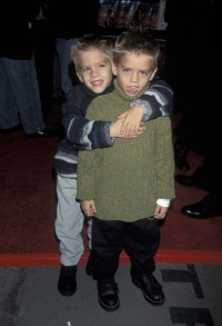 sprouse-twins-waterboy-premiere
