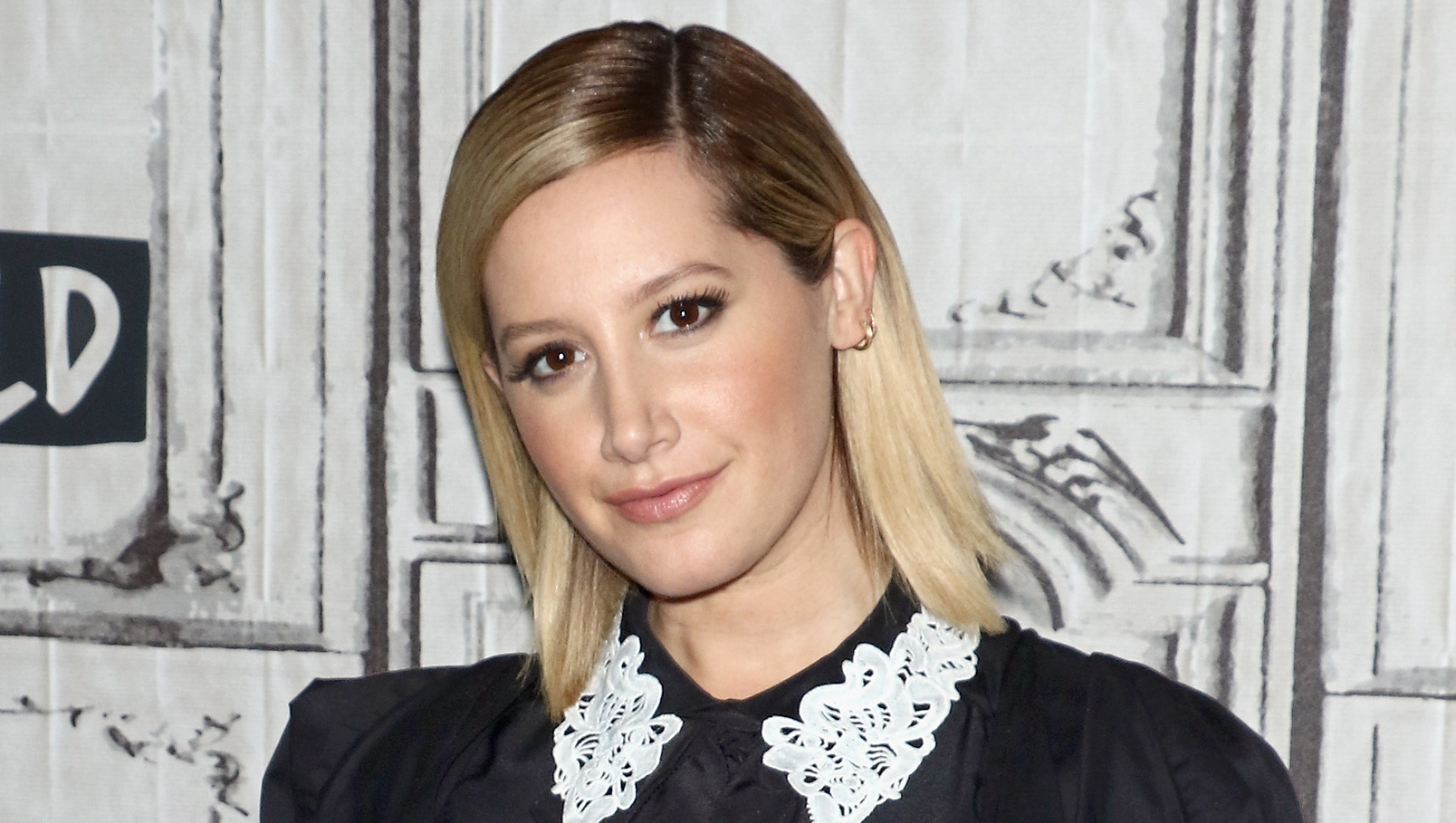 Ashley Tisdale Build Series