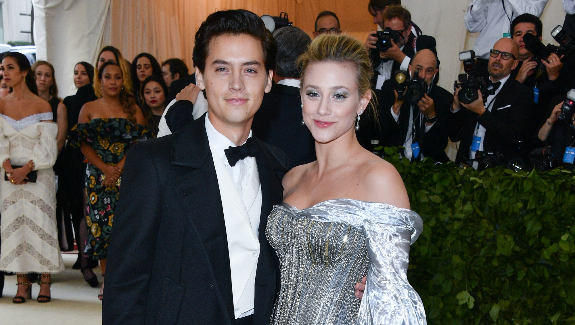 Lili Reinhart Takes Quiz To See Which Sprouse Brother She'll Marry