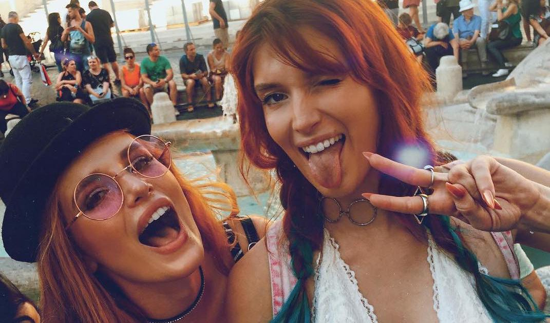 All The Times Bella And Dani Thorne Could Ve Passed As Twins