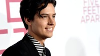Five-Feet-Apart-cole-sprouse-will.
