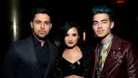 Demi Lovato Shading Jonas Brothers Wilmer