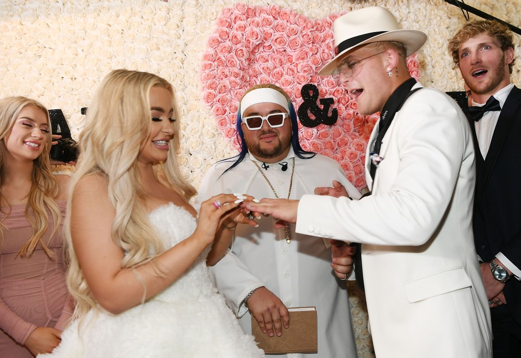Jake-Paul-And-Tana-MongeauMarried-vegas