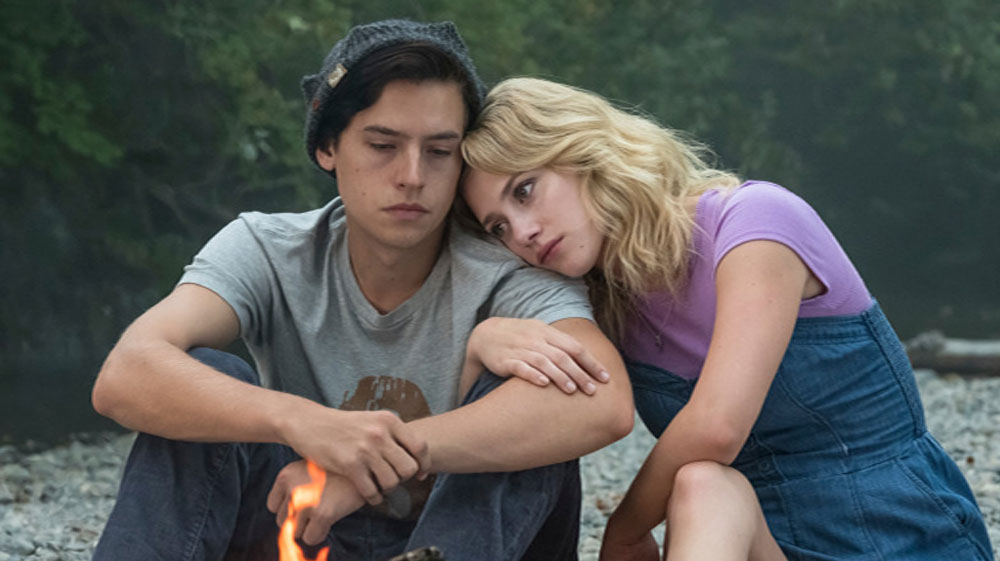 Lili reinhart and cole sprouse split