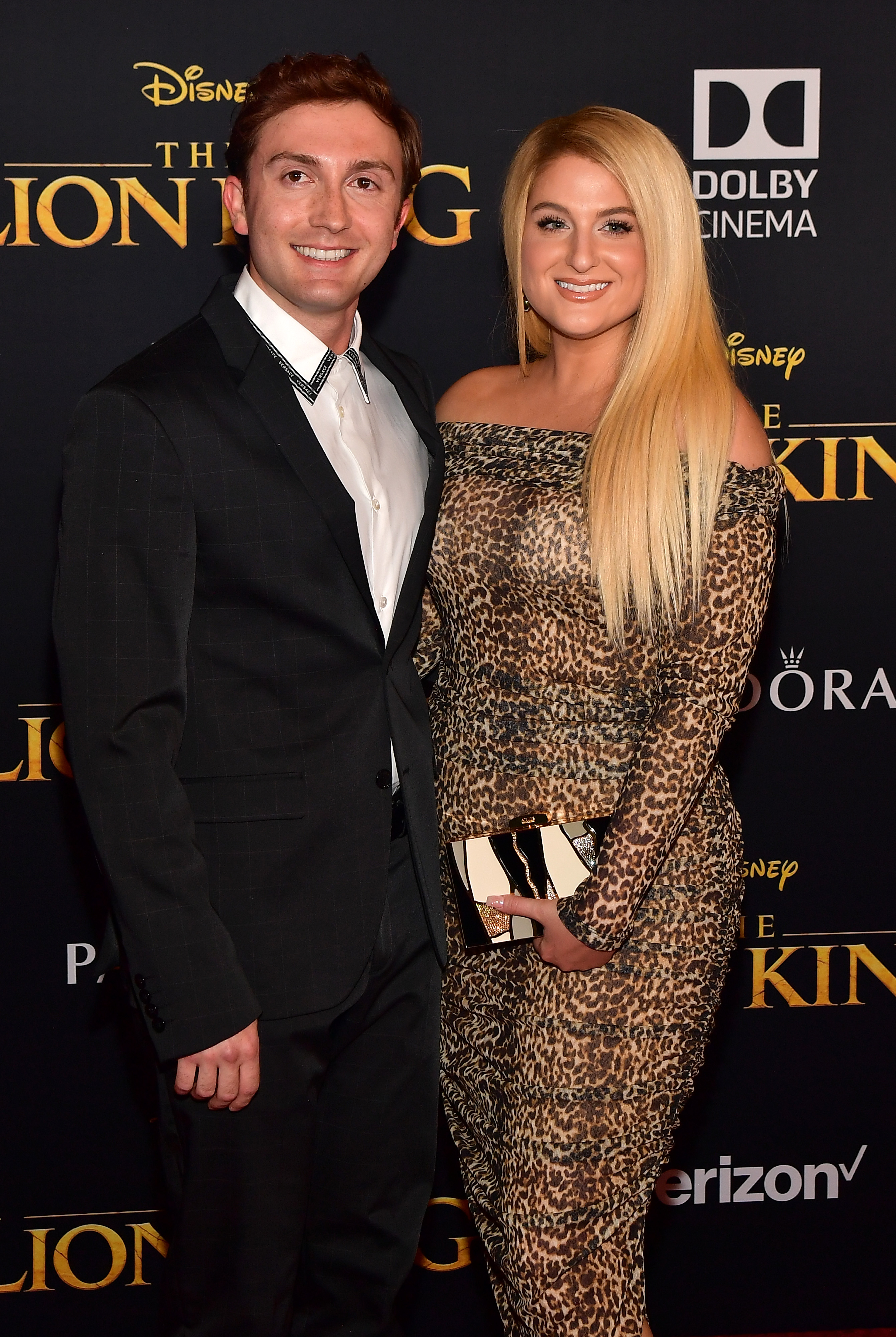 https://www j-14 com/posts/lion-king-red-carpet-premiere