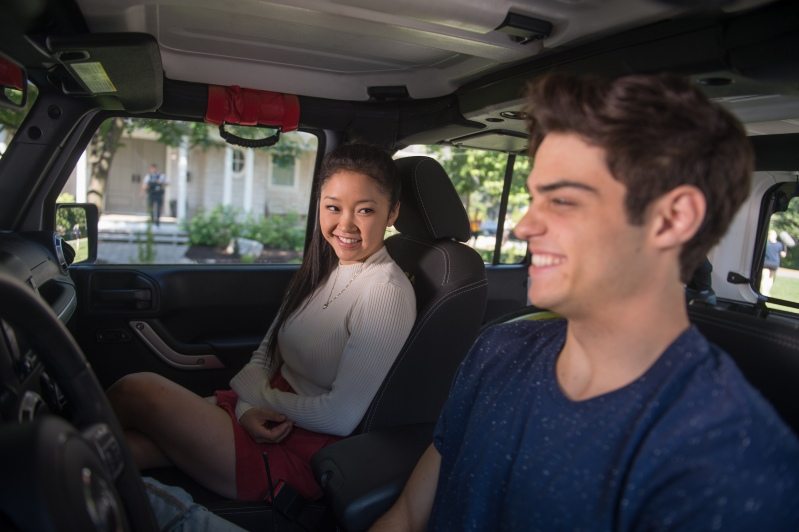 lana-condor-noah-centineo-behind-the-scenes-to-all-the-boys