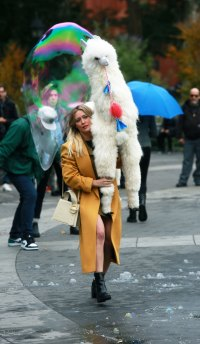 Lizzie McGuire Reboot Filming Hilary Duff