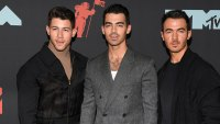 The Jonas Brothers To Release New Christmas Song