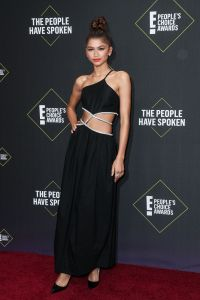 People's Choice Awards Red Carpet Looks Outfits 2019