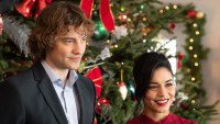 Josh and Vanessa Talk 'The Knight Before Christmas' Sequel