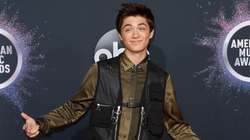 Asher Angel Spills On New Song Chills Exclusive