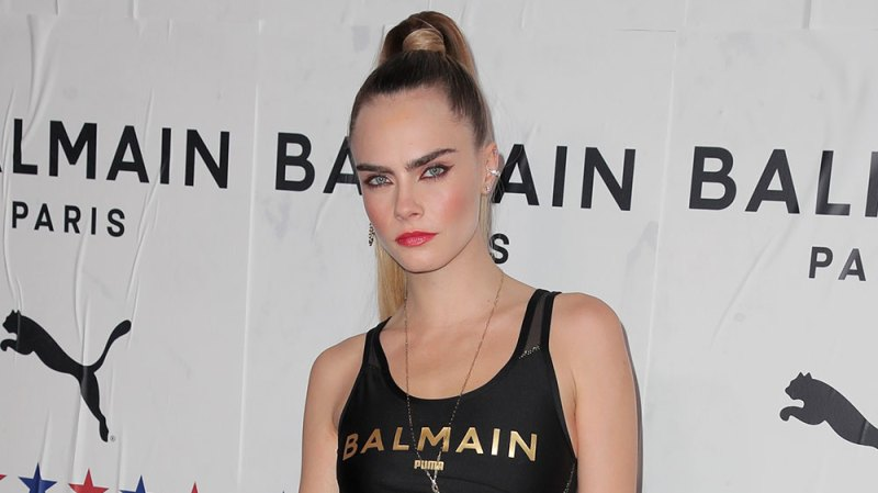 Cara Delevingne Says She Runs Around The Woods Naked To Cure Her Stress