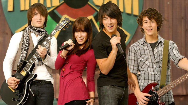 Jonas Brothers Recreate Camp Rock Scene