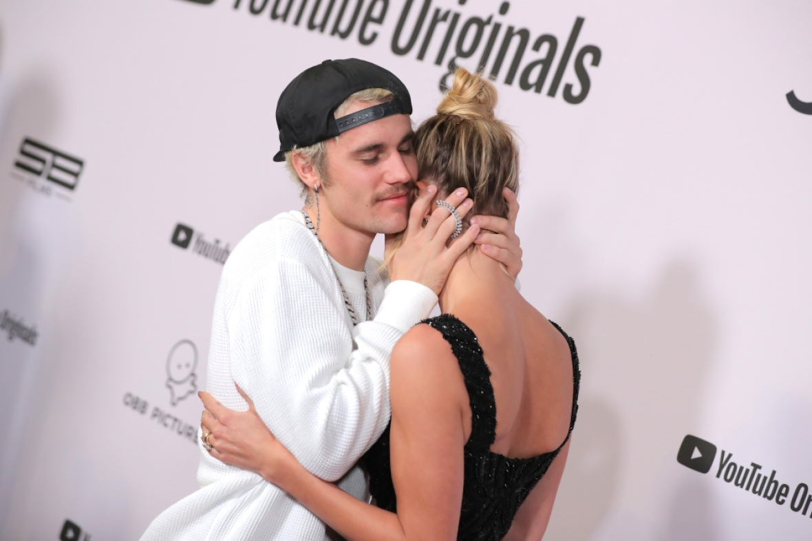 See Justin Bieber And Hailey Baldwin Pack On The PDA At The 'Seasons' Docuseries Premiere