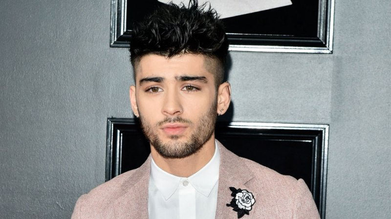Zayn Malik Donates to Young Girl With Cancer
