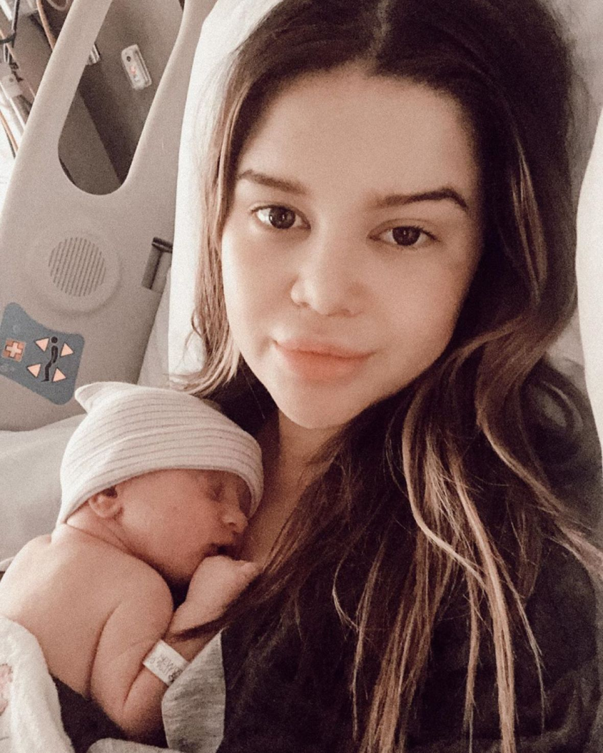 Marren Morris Gives Birth To A Baby Boy — See All The Stars Who Congratulated Her