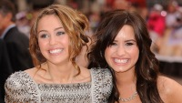 Demi Lovato And Miley Cyrus Get Real About Body Issues During Instagram Livestream