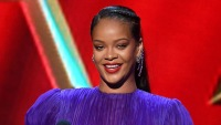 Rihanna Makes Epic Return To Music With First Song In 4 Years