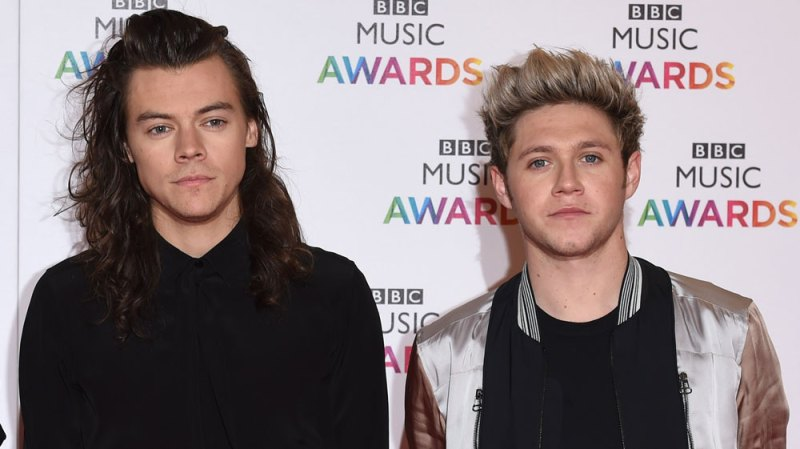 harry styles gushes over niall horans music