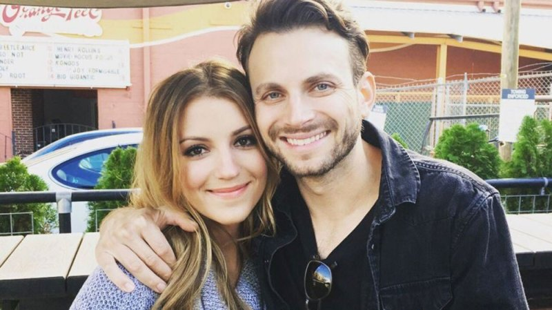 jordan pruitt pregnant expecting first baby with husband brian fuente