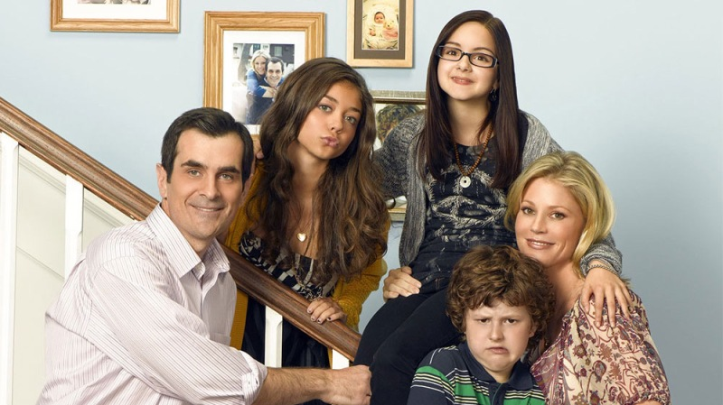 'Modern Family' Comes To An End After 11 Seasons — See The Casts' Emotional Goodbyes