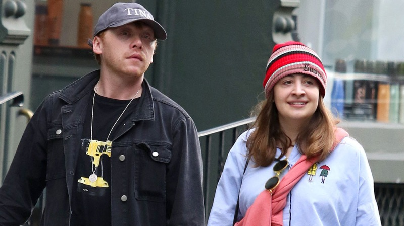 'Harry Potter' Star Rupert Grint Expecting Baby With Girlfriend Georgia Groome