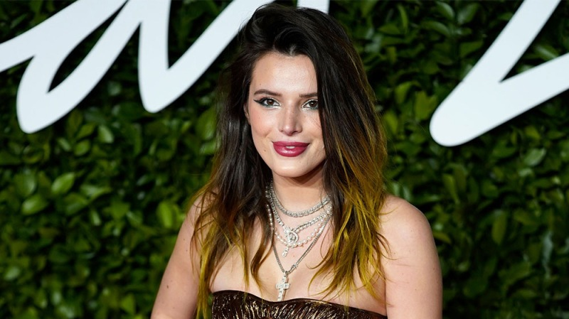 Bella Thorne Shares Amazing Before And After Photos Of Her Acne — Check Out Her Transformation