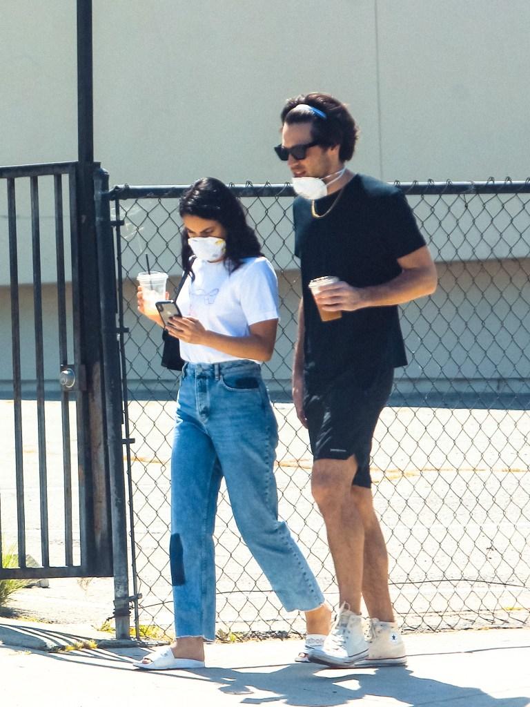 camila mendes new boyfriend