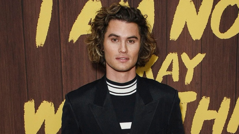 'Outer Banks' Star Chase Stokes Apologizes For Resurfaced Old Insensitive Tweets
