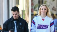 pregnant sophie turner shows off baby bump first time