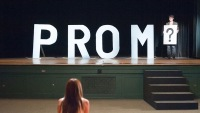 Here's How You Can Host A DIY Prom At Home Thanks To Facebook And Instagram