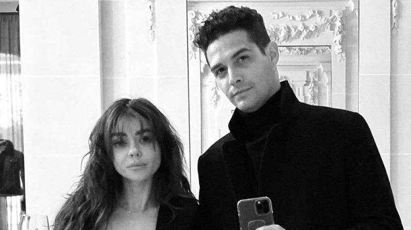 Sarah Hyland And Wells Adams Have Put Their Wedding Planning On Hold