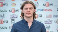 evan peters apologizes anti protests retweet