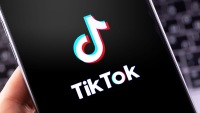 TikTok Issues Public Apology After 'Technical Glitch' Temporarily Caused #BlackLivesMatter And #GeorgeFloyd Videos To Get No Views