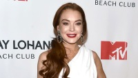 Please Join Us in Appreciating Lindsay Lohan's Pretty Epic Red Carpet Glo' Up