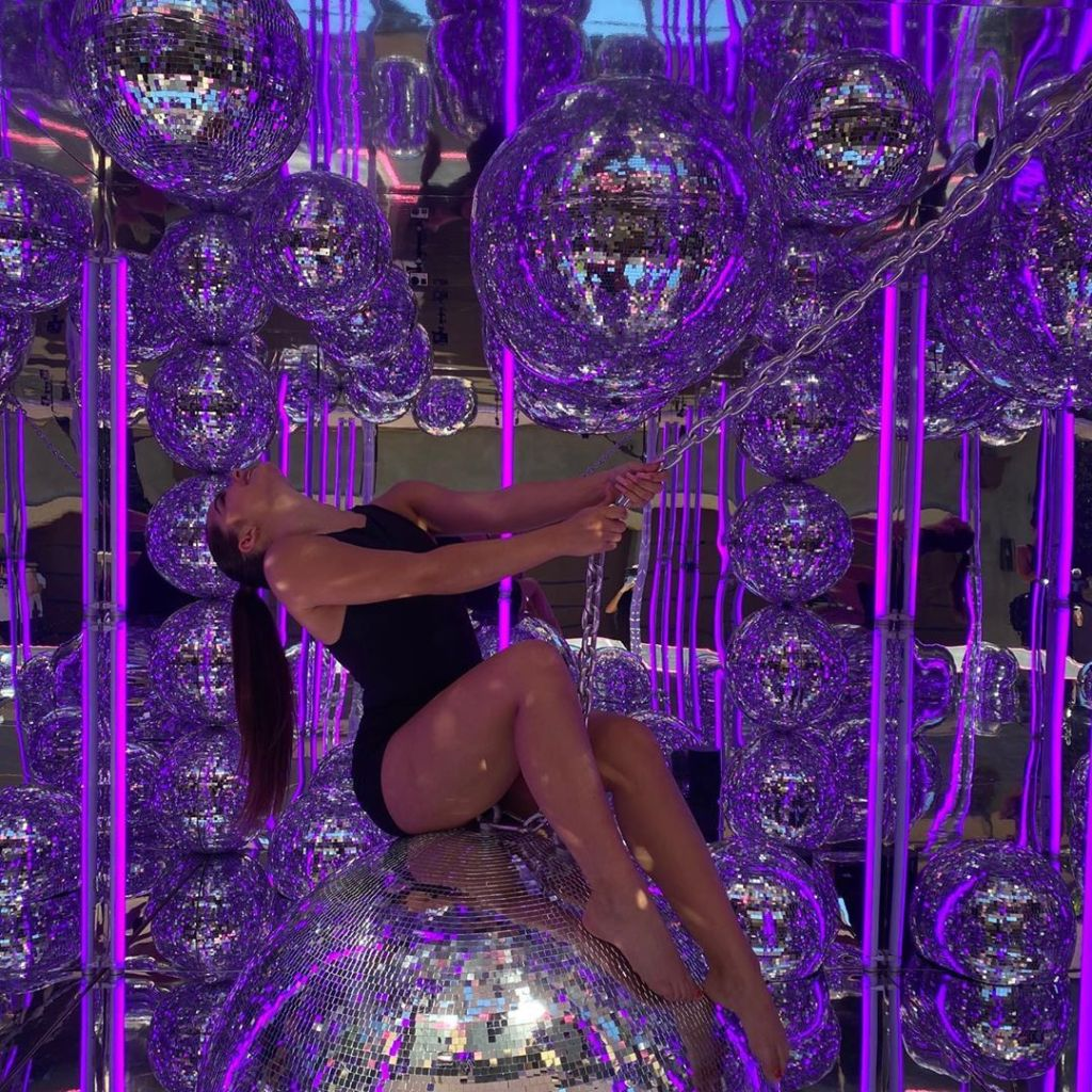 Miley Cyrus Has The Best Reaction To Kourtney Kardashian And Addison Rae's 'Wrecking Ball'-Inspired Photoshoot
