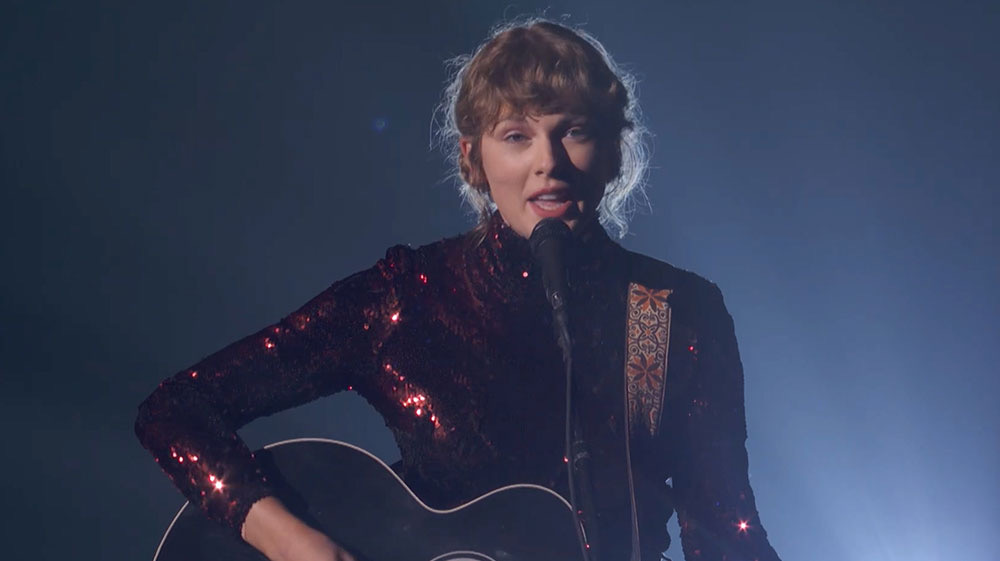 Taylor Swift performs Betty at 2020 ACM Awards - The