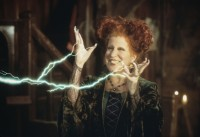 'Hocus Pocus' Sequel: Everything the Cast Has Said About Bringing Back the Sanderson Sisters