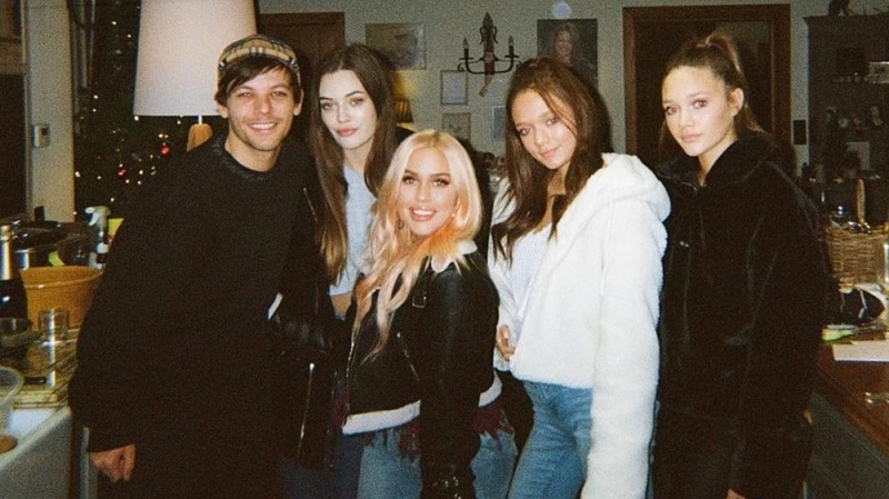 Meet Louis Tomlinson's Family: His Sisters, Parents, Son and More