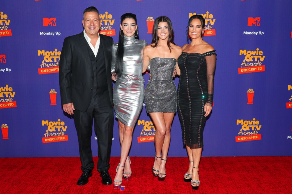 Charli and Dixie D'Amelio Walk the MTV Movie & TV Awards: Unscripted Red Carpet With Their Parents